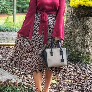 Dresses & Skirts - Pleated skirt cheetah pattern drawstring tie waist